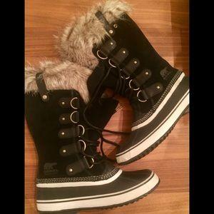 Sorel Joan of Arctic Boots Sz 10 New Snow